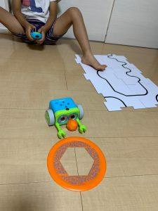 プログラミングおもちゃ_ボットリー(botley)