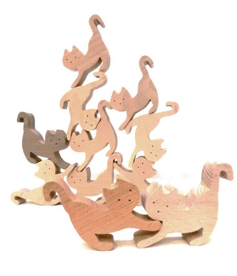 おすすめグッドトイイ 創造力を養う組み木ネコ